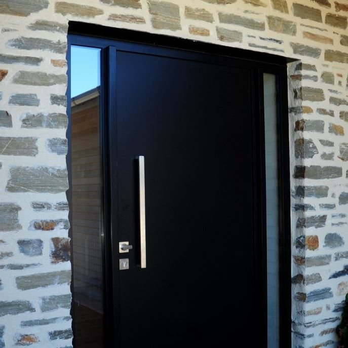 Bagged Aubrey Rd (3) Entrance